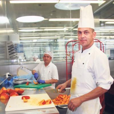 Aktuell haben die Landeskrankenhäuser 800 Kilogramm Kürbisse von zwei Ländle-Bauern aus Hard und Feldkirch bezogen, aus denen Suppen zubereitet werden.  © Fotos: Vorarlberger Krankenhaus-Betriebsges.m.b.H., Matthias Weissengruber