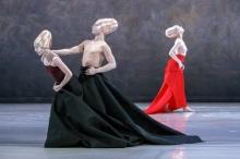 Bregenzer Frühling. Etablierte Formate im Genre Tanz bietet das Tanzfestival Bregenzer Frühling. Im Bild Shen Wei Dance Arts.