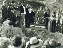 Flint-Begräbnis mit Hartwig Rusch, MichaelOrtner, Aldo Amann, Klaus Schöch, Reinhold Luger, Heimo Handl, Reinhold Bilgeri, Rainer Klien und anderen.